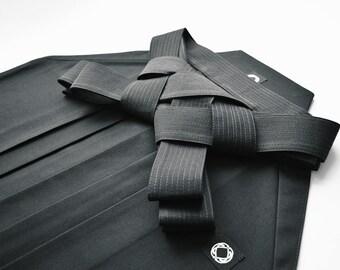 Deluxe Hakama Black / Kendo Iaido Aikido / Hakama / Umanori Hakama / Hakama pants / Martial Arts / Made to Order / Budo Collection