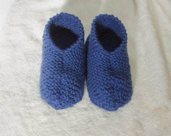 Knitted slippers, slippers for women, slippers for men, unisex, hand-knitted slippers, simple or double, slippers, acrylic slippers, knit
