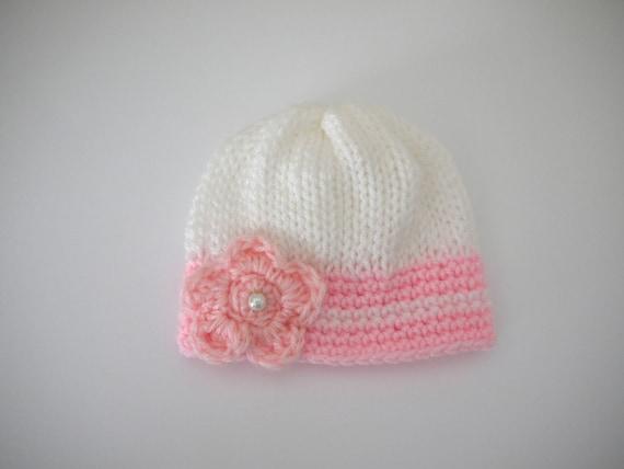 ea27c1a7db4a Bonnet Naissance bébé 0 3 mois Fille Blanc Rose clair fleur   Etsy