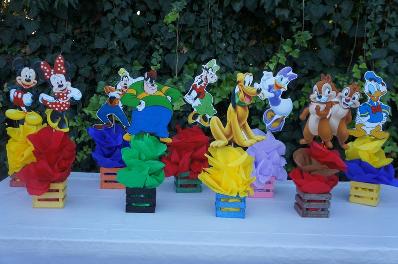 Mickey Mouse Clubhouse Friends birthday party table centerpiece Decor guest  table Minnie Pete Pluto Goofy Daisy Chipp Clarabelle Donald 0e44f4ee2e1e