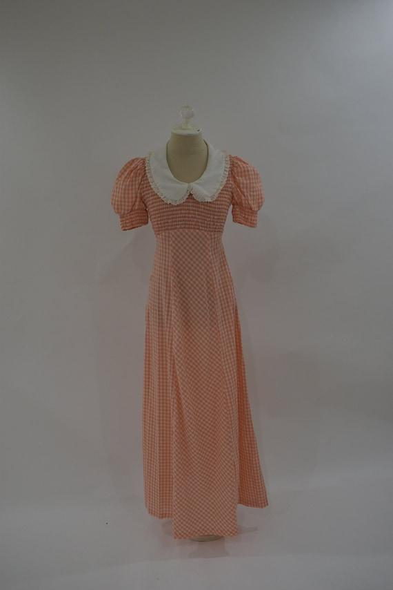VTG 1960/ 1970s pale Orange Gingham Maxi Dress / V