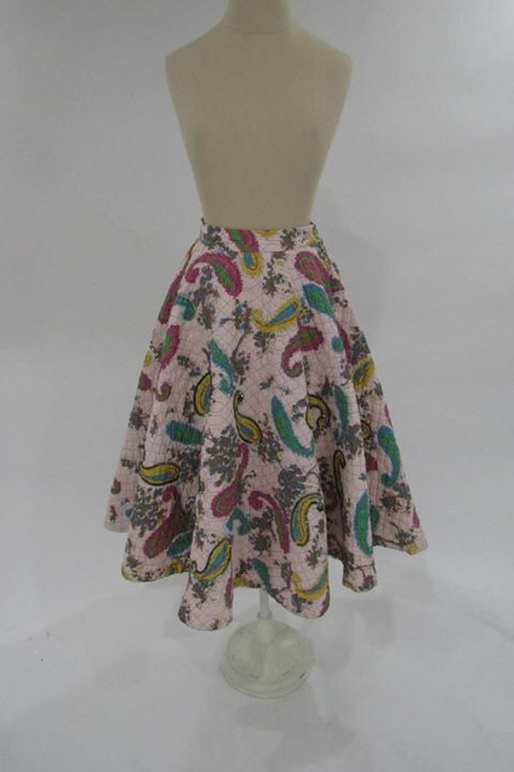 Vintage circle skirt// 1960s paisley skirt// quilt