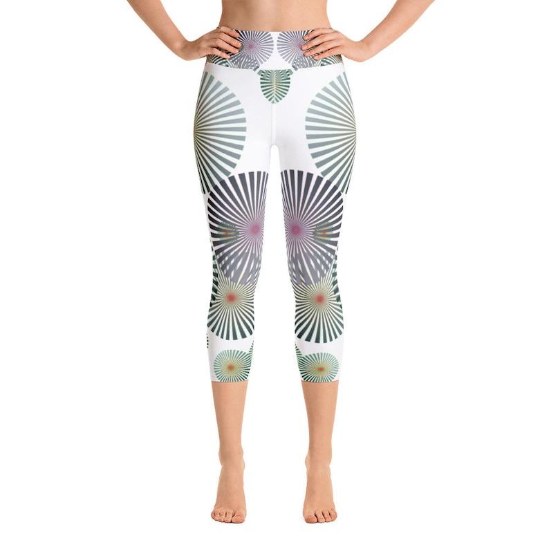 Yoga Capri Leggings Radial Burst image 0