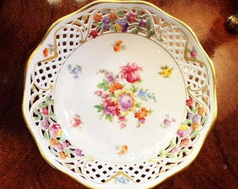 Beautiful Schumann Bavaria Dresden Hand Painted Bowl Reticulated Edge Dresden Flowers (1946-1949)