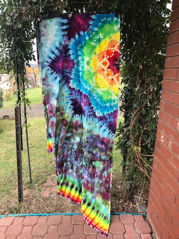 d3a18b4032634 Size 3 Daiesu woven wrap, hand dyed rainbow, baby wearing