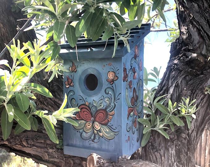 Rosemaling Birdhouse