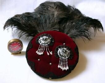 Mohawk Black Lace under the vintage frame ostrich feather fan / / burlesque Cabaret / / gift for her