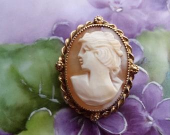 gold vintage cameo brooch