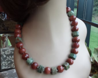 One strand beaded faceted Italian copperstone  and faceted chrysophrase