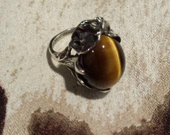 Sterling silver vintage tiger eye artist ring