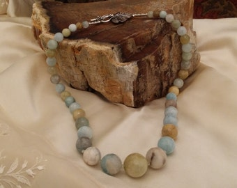 Beautiful Faceted natural Semi Precious aquamarine faceted  Stone Tapering Necklace with Natural Browns, Greens and Sky Blue Shades