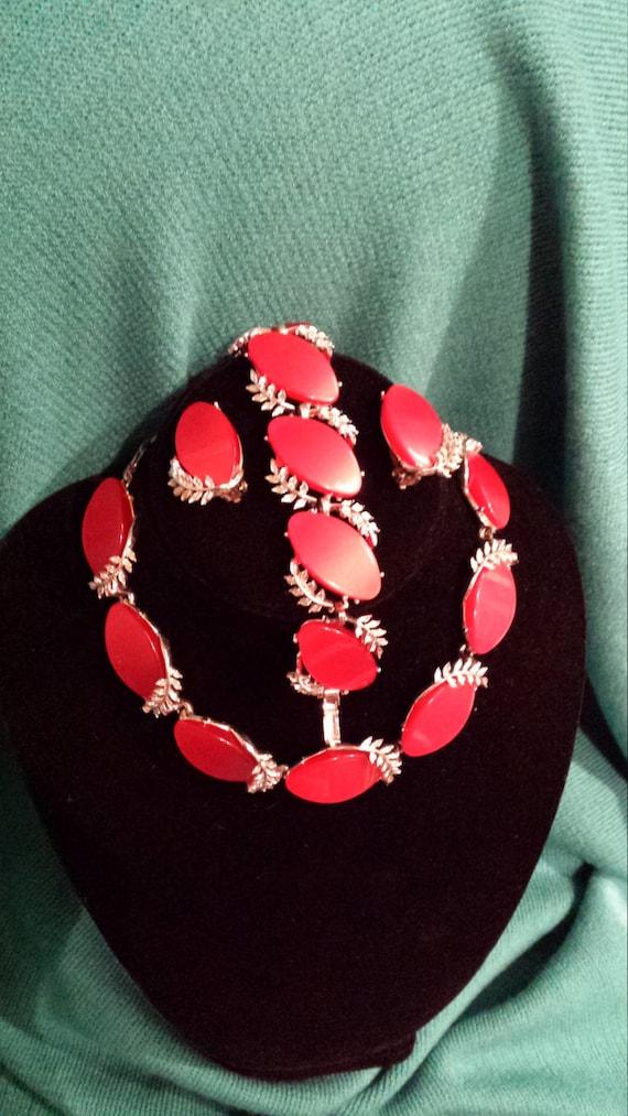 Vintage three piece jewelry set