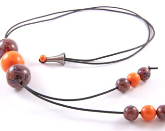 "Orange necklace - Collection ""Metamorphosis"""