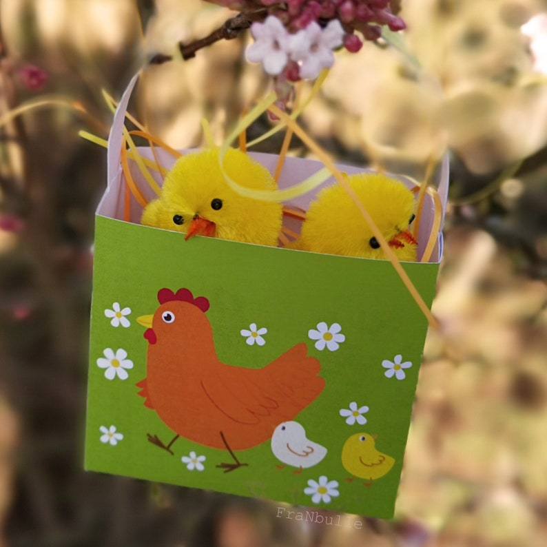 2 Easter baskets to print and to make in paper. Easy Easter image 0
