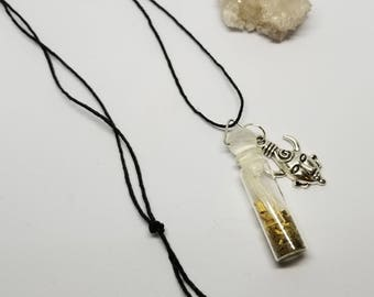 Pan's Sacred Spiral Vial: Clear Quartz Points, Patchouli, Witches Grass