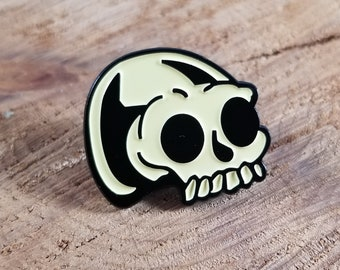 Pastel Skull Enamel Pin! ~Witch, Mystic, Magick