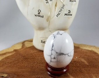 Howlite Gemstone Yoni Egg w/ Stand! ~Yogi, Meditation, Witch, Mystic, Sacred Sex