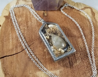 Coyote Spirit Amulet: Arnica Flowers, Coyote Teeth, Coyote Claws, Golden Rutilated Quartz! ~Witch, Mystic, Magick