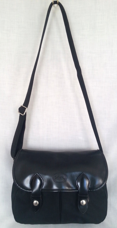 5c3be2b6b346 Vintage Longchamp Paris Black Leather Medium Saddle Bag Style