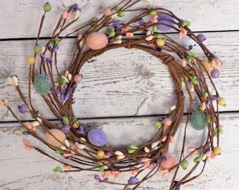 Easter Candle Ring with Mini Eggs and Pip Berries