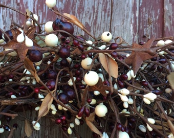 Burgundy and Cream Mixed Berry Garland