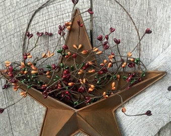 Rusty Tin Barn Star with Pocket and Pip Berries