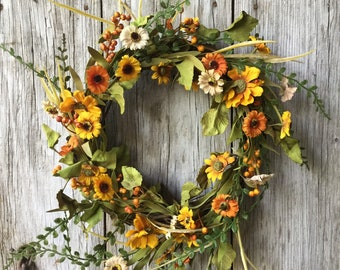 Harvest Daisy and Pip Berry Wreath