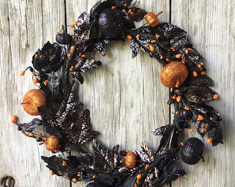 Halloween Wreath with Glitter Pumpkins and Leaves