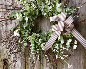 Spring Farmhouse Wreath