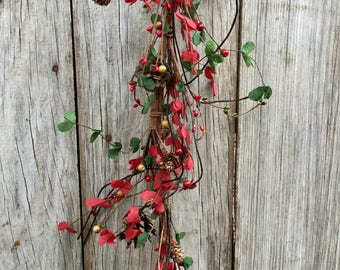 Red and Green Boxwood Garland
