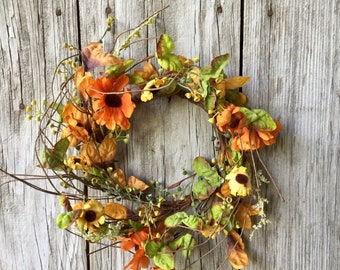 Fall Wreath with Daisies, Fall Leaves, and Fall Foliage