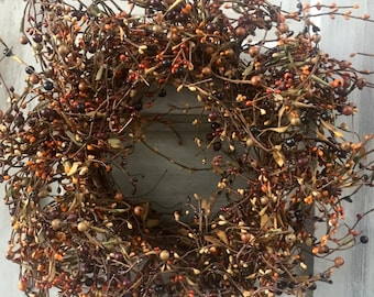Primitive Pip Berry Wreath in Mixed Fall Colors