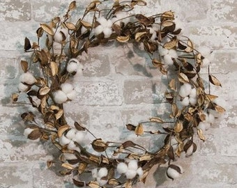 Natural Cotton Wreath with Shells