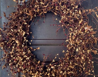 Primitive Pip Berry Wreath with Rusty Stars