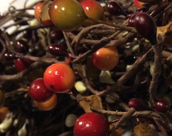 Pip Berry Garland-Burgundy, Rosehip and Cream Mixed Berry Garland-Primitive Garland--Primitive Decor-Rustic Decor-FREE SHIPPING!!