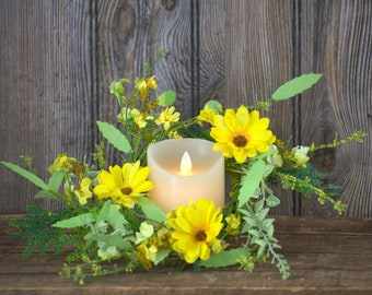 Yellow Garden Daisy Wreath