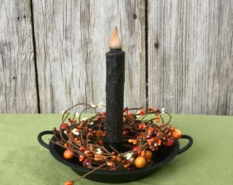 Wrought Iron Hearth Pan with Orange and Cream Pip Berries
