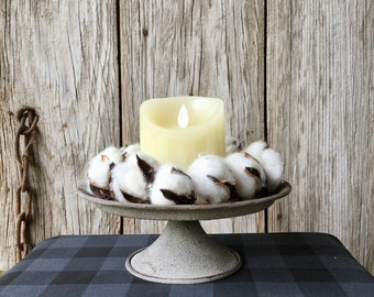 Rustic Pedestal Candle Holder with Cotton Candle Ring