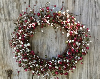 Christmas Wreath in Red, Green and Cream Pip Berry Wreath
