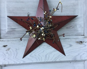 Burgundy Barn Star with Mixed Pip Berries