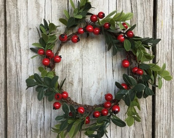 Holiday Berry Candle Ring or Mini Wreath