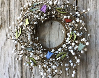White Pip Berry and Tulip Wreath;
