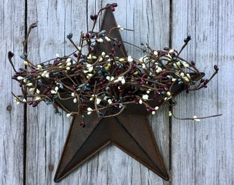 Wall Pocket Barn Star with Mixed Pip Berries
