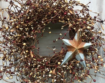 Patriotic Wreath with Mixed Pip Berries and Rusty Barn Star