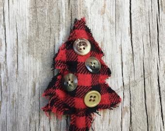 Set of 3 Red and Black Buffalo Plaid Tree Ornaments, Christmas Ornaments, Felt Tree Ornaments, Primitive Ornaments, Buffalo Check