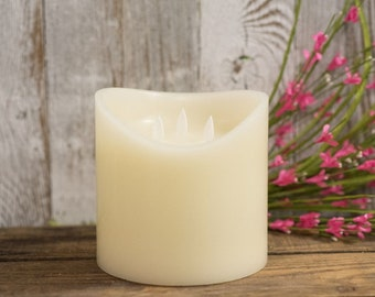 3 Wick White Flameless Candle with Moving Flames