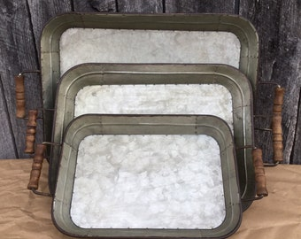 Set of 3 Farmhouse Metal Trays