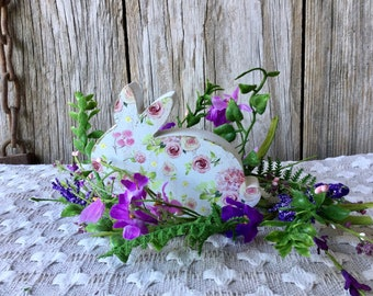 Easter Centerpiece with Wood Bunny and Purple Flower Ring