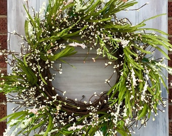 Summer Wreath with Cream Pip Berries and Pink Flowers