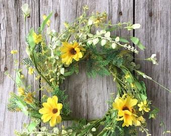 Yellow Garden Daisy Wreath